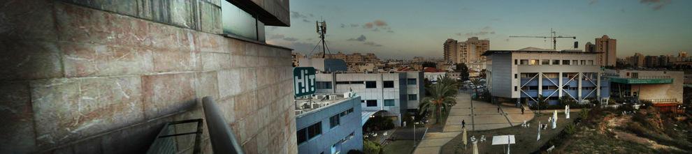 תעשייה וקהילה. בתמונה: המכון כחלק מהמרחב העירוני
